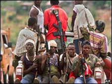 Kamajor militia fighters