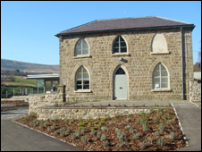 Bbc News Uk Wales South East Wales Centre Wins
