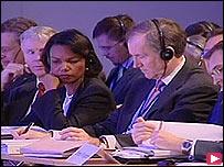 مشهد من مؤتمر العهد الدولي
