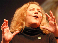 Kathleen Turner talking at the Hay Festival