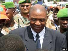 Agathon Rwasa, leader of Burundi's last active rebel group, the FNL, arrives at the Bujumbura airport on 30 May