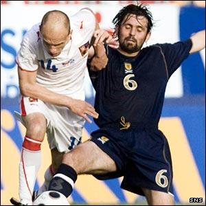 Scotland and Celtic midfielder Paul Hartley