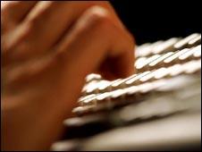 Typing on computer keyboard, Eyewire
