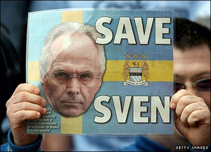 City fans protest as rumours spread that City owner Thaksin Shinawatra's intends to remove Eriksson