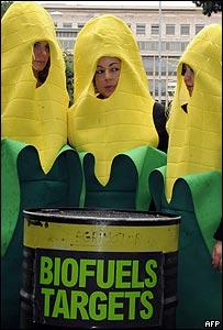 Protesta de Oxfam frente a sede de la FAO en Italia.
