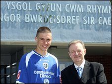 Aaron Ramsey at school
