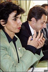 La ministra de Justicia francesa, Rachida Dati, y el presidente de Francia, Nicolas Sarkozy