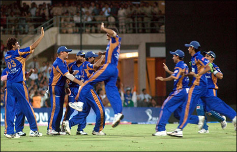 The victorious Rajasthan team after winning the IPL final