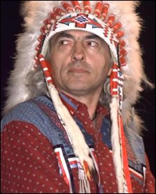 File photograph of AFN chief Phil Fontaine in ceremonial dress