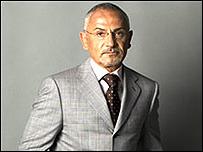 Телеведущий Савик Шустер