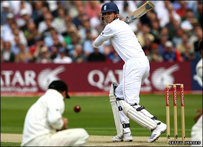 Stuart Broad is dropped by Brendon McCullum