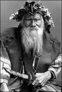 Miembro del pueblo aino (Foto del Museo Aino)