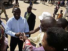 Morgan Tsvangirai campaigns in Esigodini on 6 June