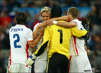 Czech players celebrate a successful opening to their Euro 2008 campaign