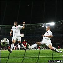 Gol de Raul Meireles