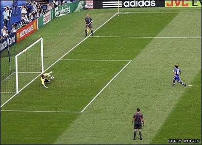 Luka Modric scores the opener