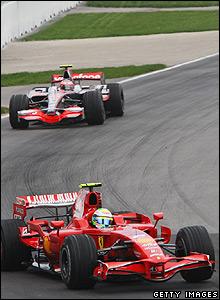 Massa passes Kovalainen