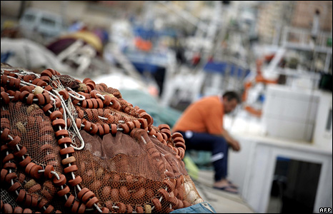 Spanish fisherman on strike (archive)
