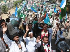 Protesting lawyers in Karachi