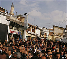 Turkish Cypriots in Ledra Street, 3 Apr 08