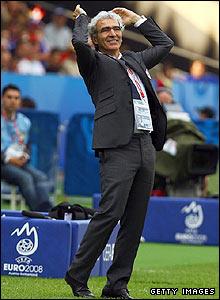 France coach Raymond Domenech shows his frustration