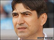 Romania coach Victor Piturca