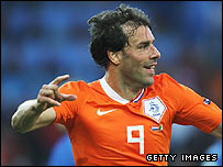 Ruud van Nistelrooy celebrates putting the Netherlands ahead against Italy