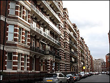 Block of mansion flats in London