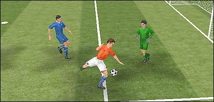 Sneidjer se prepara para anotar el segundo gol de Holanda