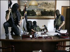 Hamas forces take over the office of Mahmoud Abbas in Gaza