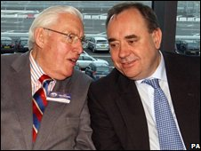 Scottish First Minister Alex Salmond and former Northern Ireland First Minister Ian Paisley