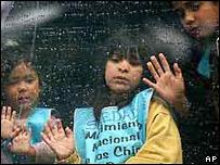 Ni�os participantes en una Marcha para la Vida (Foto archivo: 2002)
