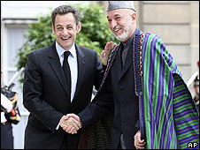 French President Nicolas Sarkozy and Afghan President Hamid Karzai in Paris