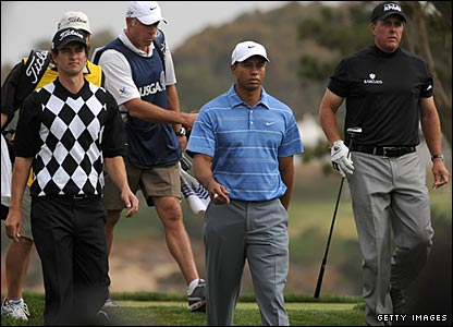 Adam Scott (left), Tiger Woods (centre), Phil Mickelson