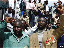 Zimbabwe's National War Veterans during a meeting in Harare on 29 April 2000