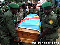 Rangers carrying the coffin of Alexandre Wathaut (Image: WildlifeDirect)