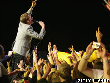 Kaiser Chiefs at the Isle of Wight Festival 2008