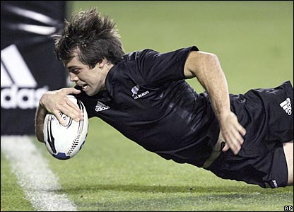 Conrad Smith dives over for the All Blacks' first try on Saturday