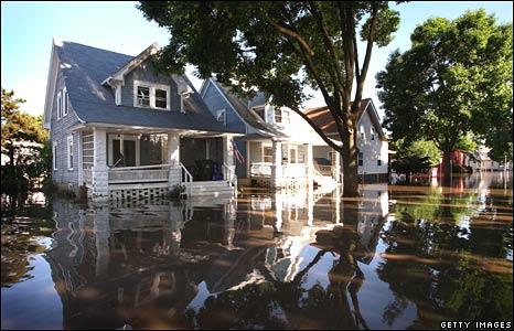 A flooded neighbourhood in Cedar Rapids, Iowa, on 14 June 2008