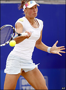 Yanina Wickmayer hits a forehand in the DFS Classic final on Sunday