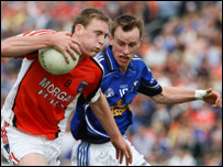 Kieran Toner (left) and Cavan's Martin Reilly