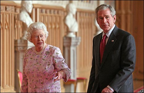George Bush and Queen Elizabeth II