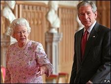 George Bush and Queen Elizabeth