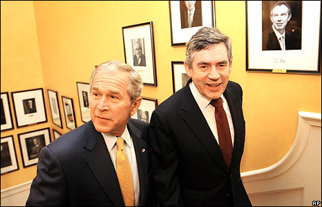 President Bush and Gordon Brown on the stairs