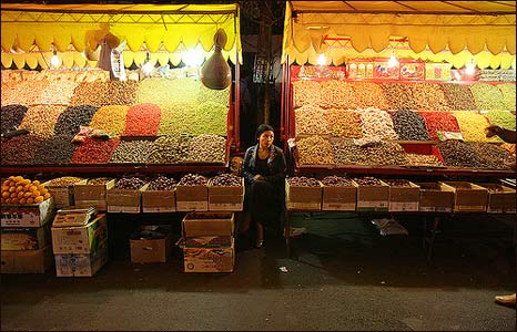 A stall at a night market in Urumqi, China (Photo: Pawel Boguslawski)