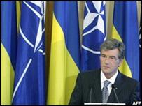 رئيس أوكرانيا،  فيكتور يوشينكو
