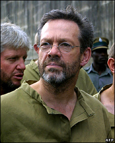 Simon Mann in prison in Zimbabwe (23 March 2004)
