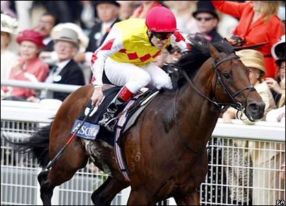 Haradasun, ridden by Johnny Murtagh