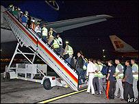 Inmigrantes ilegales rumanos son deportados de España