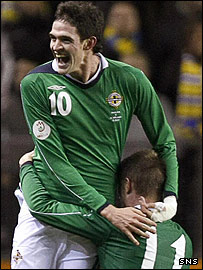 Northern Ireland striker Kyle Lafferty is heading to Rangers